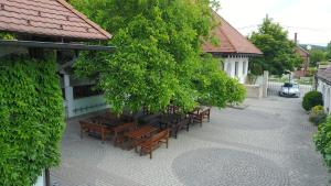 Hasik Hotel, Hotely  Döbrönte - big - 33