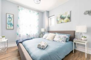 Spacious/Modern 1BR with King Bed - Downtown