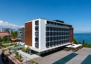 Lake Geneva Hotel 3* Superior - Versoix