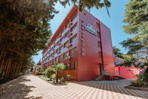 Отель Монерон