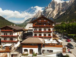FIORI Dolomites Experience Hotel - San Vito di Cadore