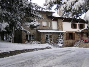 Residència Esportiva Els Isards - Accommodation - La Molina