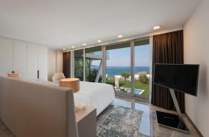 LUX* Bodrum Resort & Residences, Resorts  Bogazici - big - 57