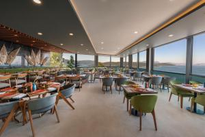LUX* Bodrum Resort & Residences, Resorts  Bogazici - big - 74