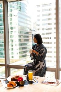 Shangri-La Hotel, Vancouver (14 of 73)