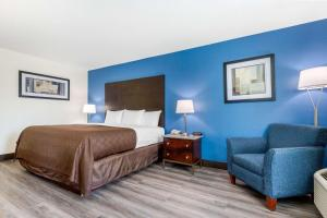 Clarion Inn & Suites Oxford East