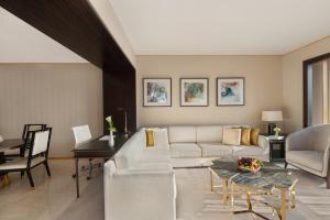 Shangri-La Hotel Dubai (12 of 38)