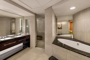 Shangri-La Hotel Dubai (8 of 38)