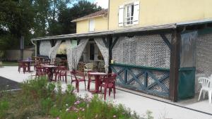 Location gîte, chambres d'hotes Auberge la marchadaine dans le département Charente 16