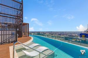 FV Dream 2 BED APT+ Pool+ Free Parking QFV211-1601