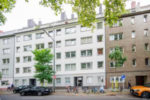 Deluxe Apartment 100