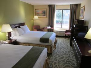Holiday Inn Express Kernersville, Отели  Кернерсвилл - big - 19