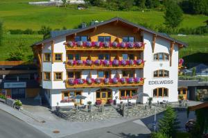 Pension Edelweiß - Hotel - St Johann im Pongau