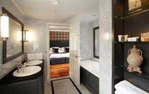 Rowhill Grange Hotel & Utopia Spa (2 of 46)
