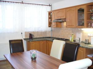 Apartman Nadezda, Appartamenti  Karlovy Vary - big - 4