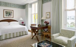 Four Seasons Hotel Milano (30 of 49)
