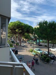 Appartamento in Viale Giosuè Carducci 150 - AbcAlberghi.com