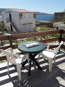 Apartments with a parking space Metajna Pag 17863