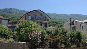 Guesthouse Zimovski, Penziony  Peštani - big - 14