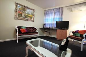 Albert Heights Serviced Apartments, Aparthotels  Melbourne - big - 37