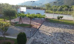 STUDIO WITH TENIS COURT AND MINI BASKET Achaia Greece