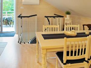 Two-Bedroom Holiday home in Fjällbacka 3, Case vacanze  Fjällbacka - big - 7