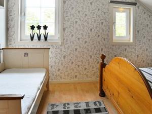 Two-Bedroom Holiday home in Fjällbacka 3, Case vacanze  Fjällbacka - big - 17