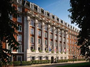 The Biltmore Mayfair, LXR Hote..