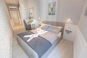 new opening luxury apt piazza di spagna - AbcRoma.com