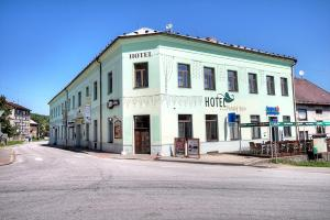 Albergues - Hotel Panský dům 1 s.r.o.