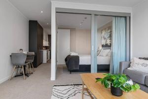 obrázek - Beautifully Modern Brand New Central Apartment