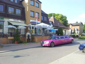 """Hotel-Restaurant & Bowlingcenter """"Zur Panke"""" - Neu Buch"""