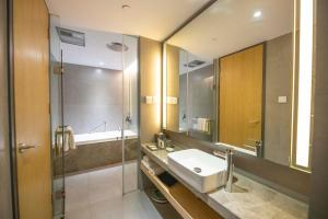 Riverdale Residence Xintiandi Shanghai 长河国际公寓新天地