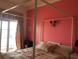 Sunny Suite in a Golf Condominium, 1600-264 Lissabon