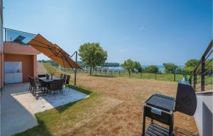 Amazing home in Pula w/ Outdoor swimming pool, Sauna and WiFi