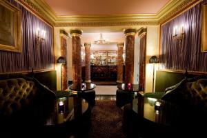 L'Hotel (33 of 36)