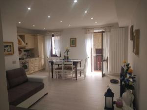 Nuovo e tranquillo appartamento nel centro storico - AbcAlberghi.com