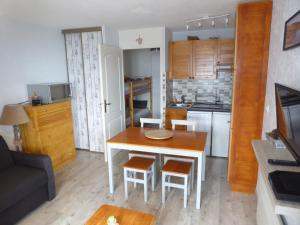 studio cabine 2 adultes 2 enfants WIFI - Apartment - Les Angles