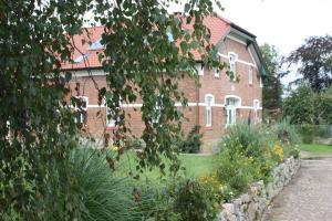 Storchenhof, Ferienwohnungen  Eutin - big - 43