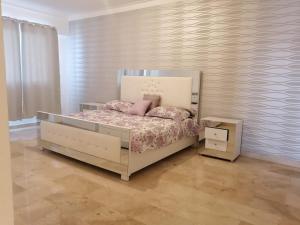Habitación baño y jacuzzi Santo Domingo