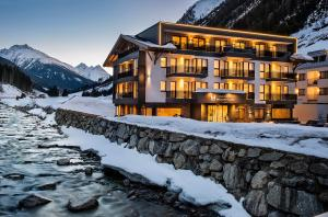 Hotel Modern Mountain - Accommodation - Ischgl