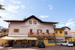 Gasthaus Abram, Szállodák  Ora/Auer - big - 18