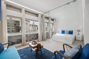 Drapes Design Apartments by An Island Apart