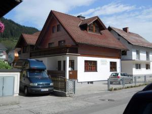 Appartementhaus Erasim, Apartments  Schladming - big - 16