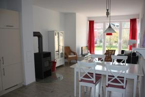 Storchenhof, Ferienwohnungen  Eutin - big - 44