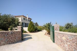MARFAIA - VILLA BY THE SEA Aegina Greece