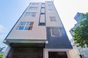 Well-Equipped 11BR Stay near Ramphal Chowk