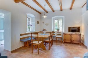 Holiday home in Osor/Insel Cres 38223