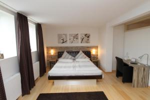 Accommodation in Kamen