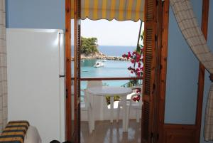 Large Studio with Sea View